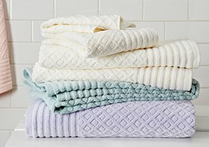 Plush Bath Towels by Espalma