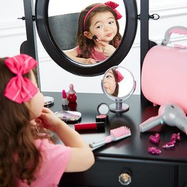 Beauty Shop: Pretend Play Toys