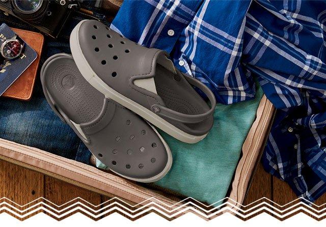 4dba7805b6629 Crocs  New  classic clog + vintage sneaker