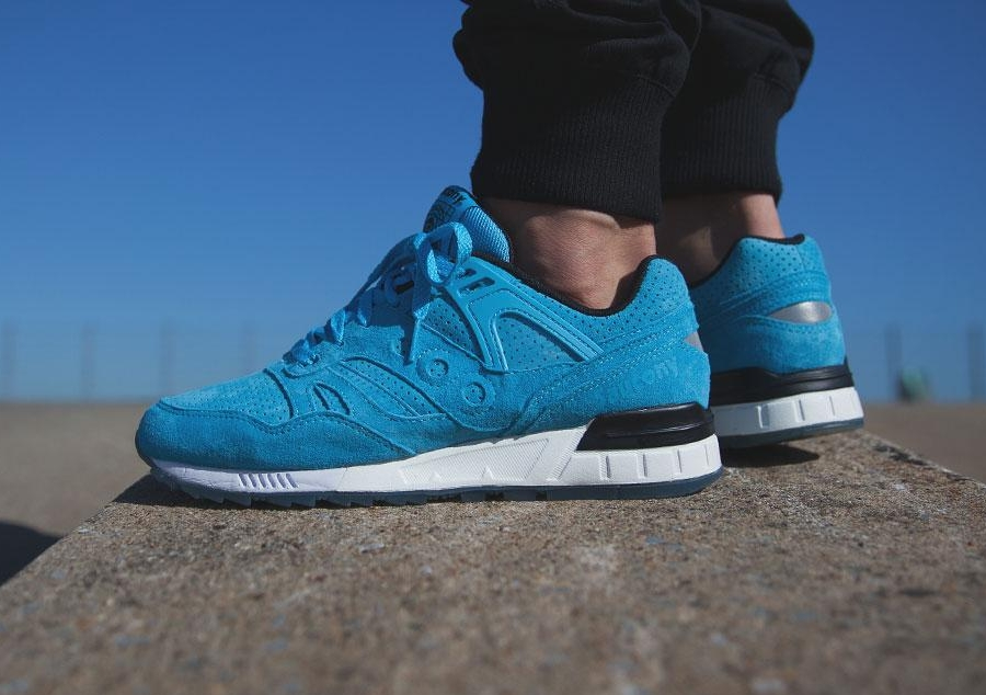 99a1703aed2b Afew Sneaker Store  Adidas ZX Flux OG Pack   New Asics Gel Lyte III Laser    Nike Rosherun