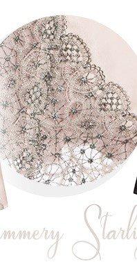 Roxanne lace detail