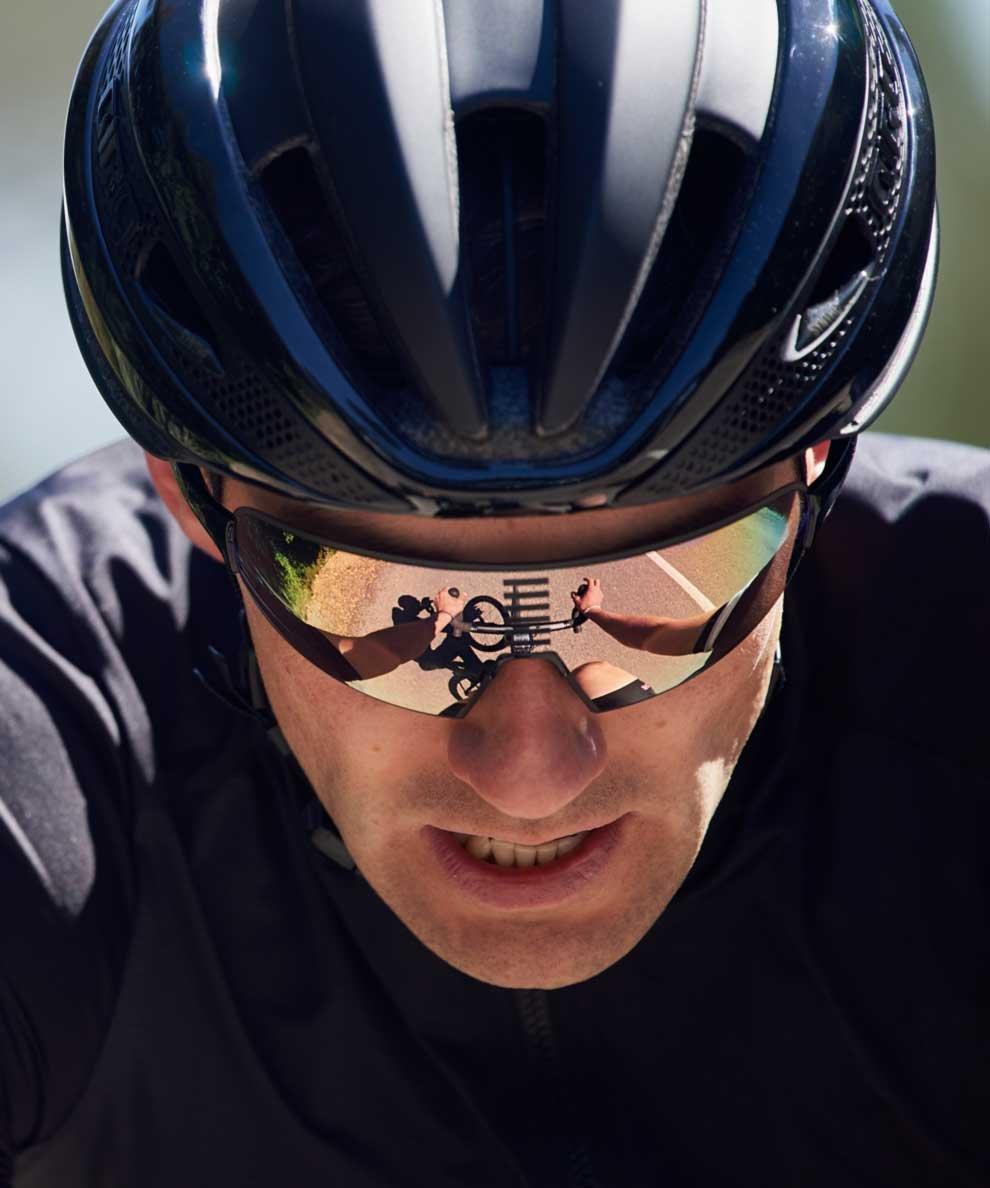 8326bde13247 Rapha: Pro Team Flyweight Glasses   New WIGGINS Kit   Milled
