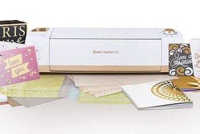 Doorbuster Cricut Explore Air Gold Bundle