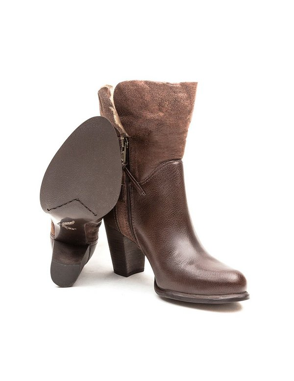 UGG Australia Womens Jayne - Brown Leather