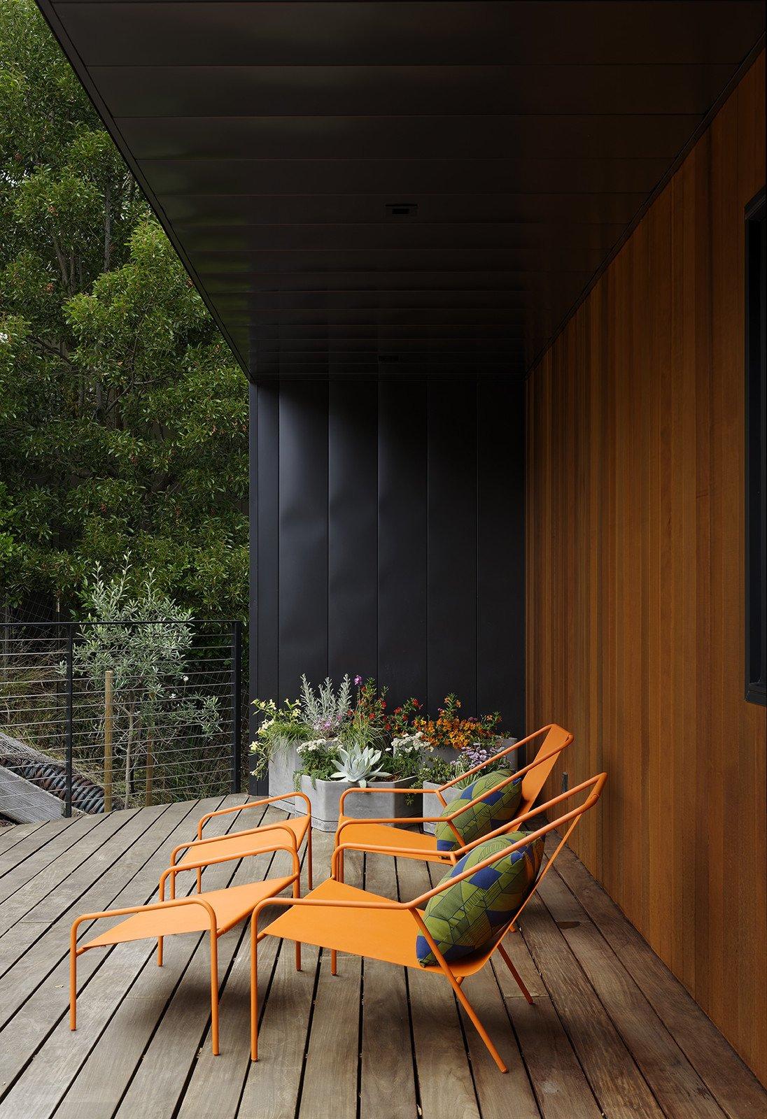 Dwell Modern Lounge Furniture. Modern By Dwell Magazine Posture Chair And  Ottoman Set Lounge Furniture