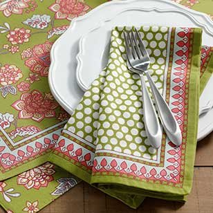 Save 25% All Table Linens ›