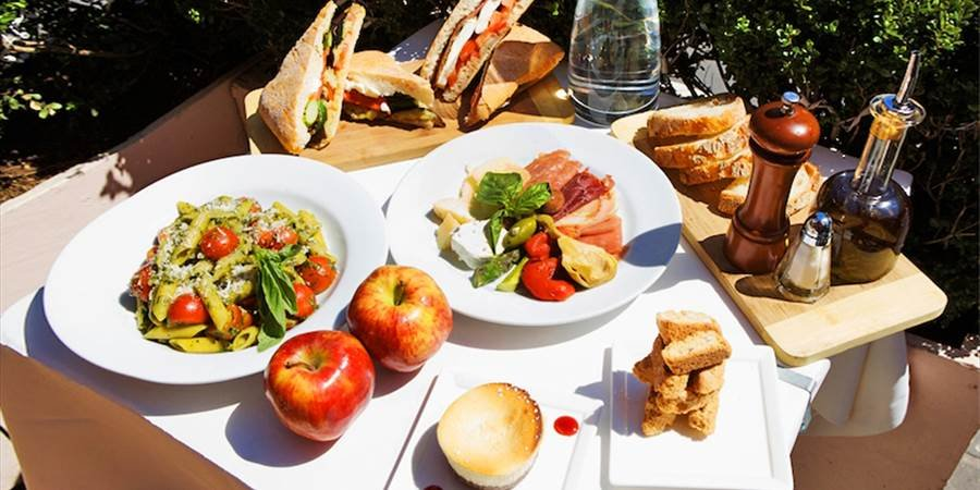 For A Picnic In The Park This Summer It Doesnt Get Much Easier Than This Pick Up Your Four Course Gourmet Meal From Zagat Recommended Pappardella