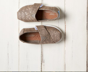 Desert Taupe Foil Feathers Tiny TOMS Classics