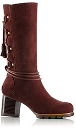 Close-up of a burgundy Farah Mid boot.