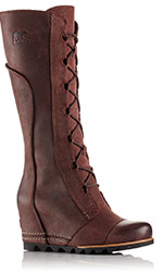 Close-up of the redwood Cate The Great Wedge Boot.
