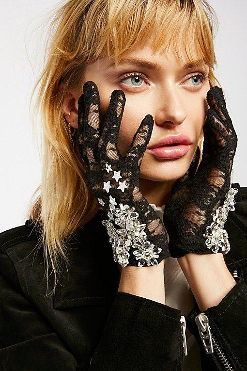 Lirika Matoshi Embellished Glove