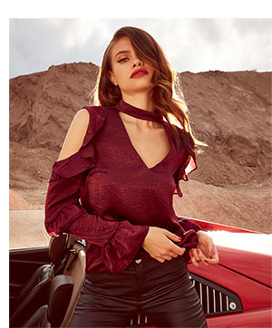 LIPSY RUFFLE COLD SHOULDER CHOKER BLOUSE