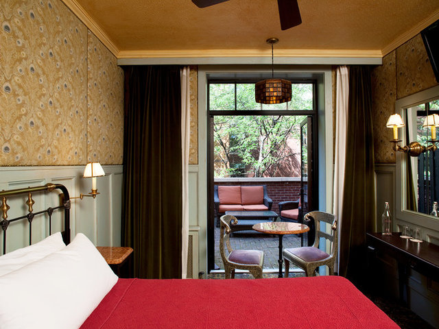 10 Stylish (and Affordable) NYC Hotels