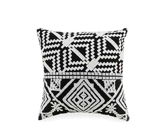 Bohemian Diamond Pillow in Black