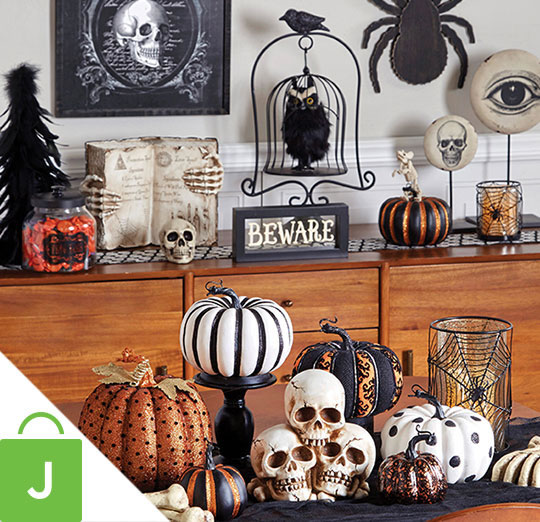Halloween Indoor Decor, Fashion Pumpkins and Ribbon.
