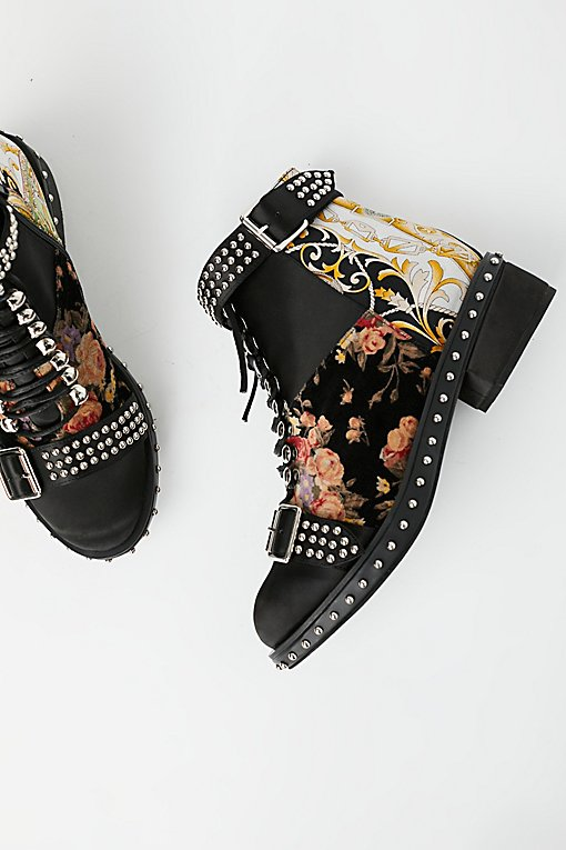 Grapevine Ankle Boot