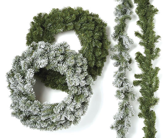 Blooming Holiday. Pine wreaths, garlands and teadrops.