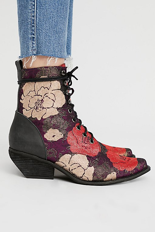 Grove Lace-Up Western Boot