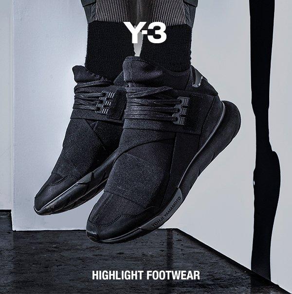 99edcffc52701 Y 3 Yohji Yamamoto  Y-3 s Signature Shoes Fall   Winter 2017