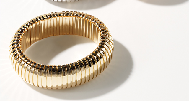 Sidney Garber's timeless collection complements every look.