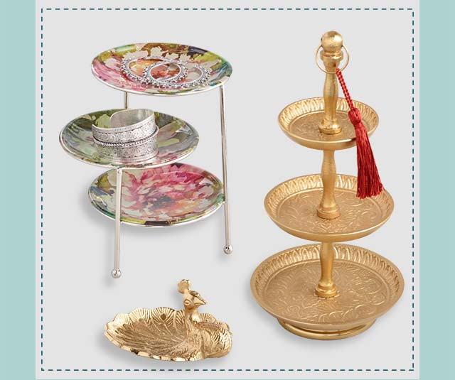 Shop All Jewelry Stands