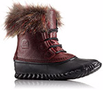A short snow boot with fur.