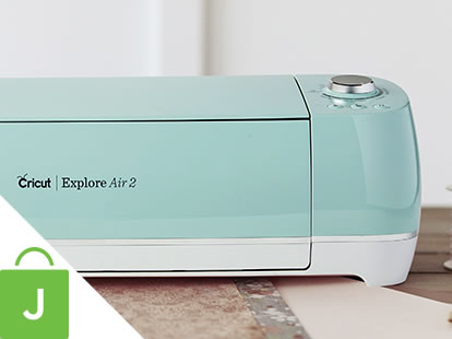Cricut Explore Air 2 Electronic Die Cut Machine.