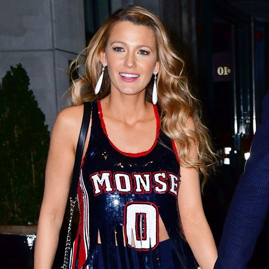 Blake Lively Wore the Chicest Sports Bra and Leggings to Her Workout
