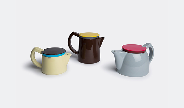 Coffee and tea pots by George Sowden for Hay