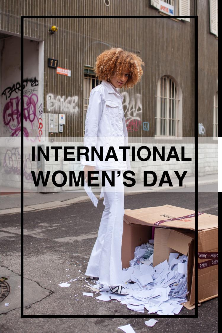 International women nud — img 7