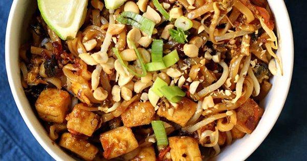 One Pot Vegan Pad Thai Noodles