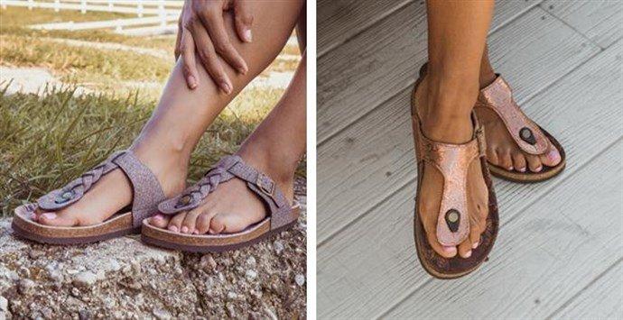 385071227f5 Jane  MUK LUKS® Women s Thong Sandals