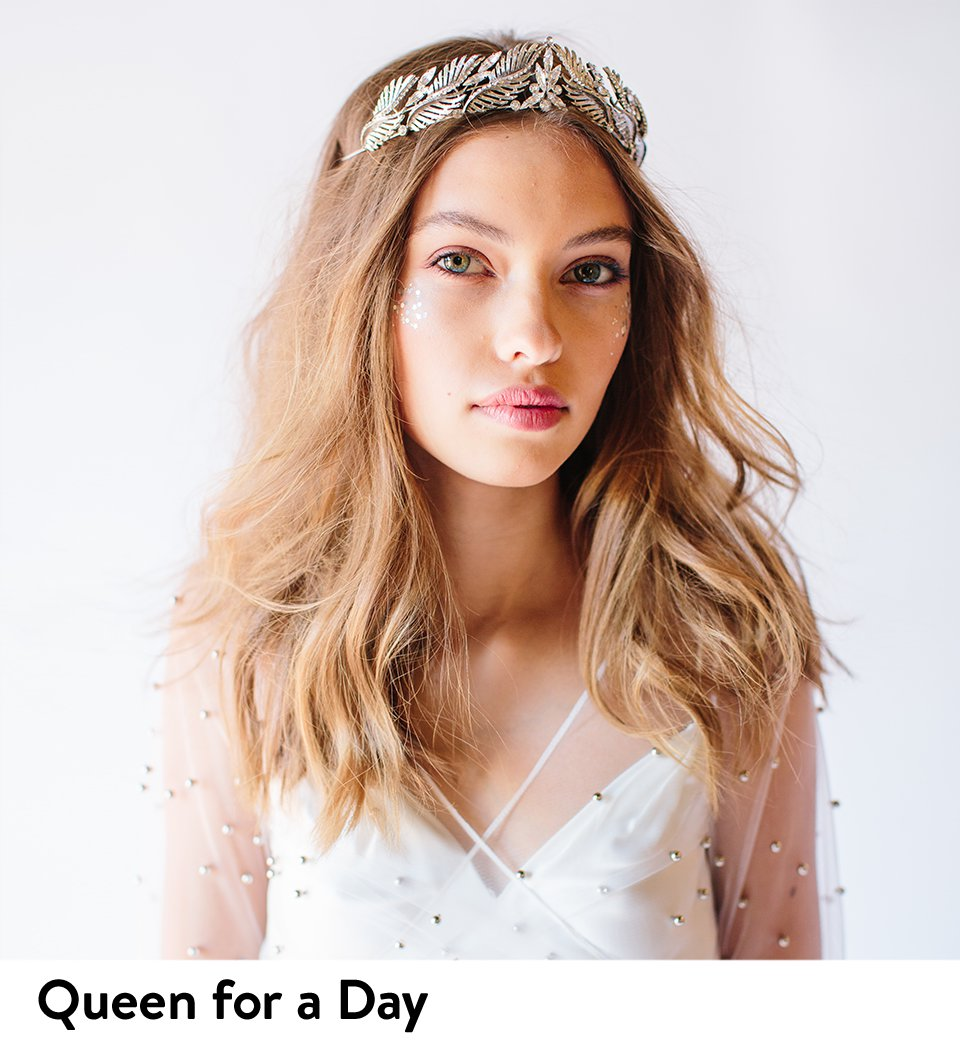 Queen for a day: tiaras, toppers and other wedding accessories.