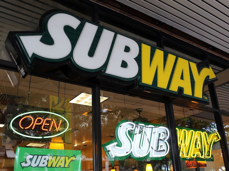 I worked at Subway for 4 years  here's what employees know that customers don't
