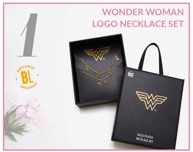 Wonder Woman Logo Necklace Set