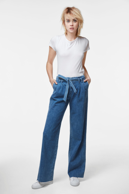 Tie-Waist Pant In Electrify