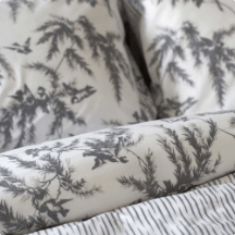 Cara Bedding Set