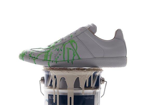 b01e56cbc31 Maison Martin Margiela: Paint drop Replica Sneakers for men | Milled