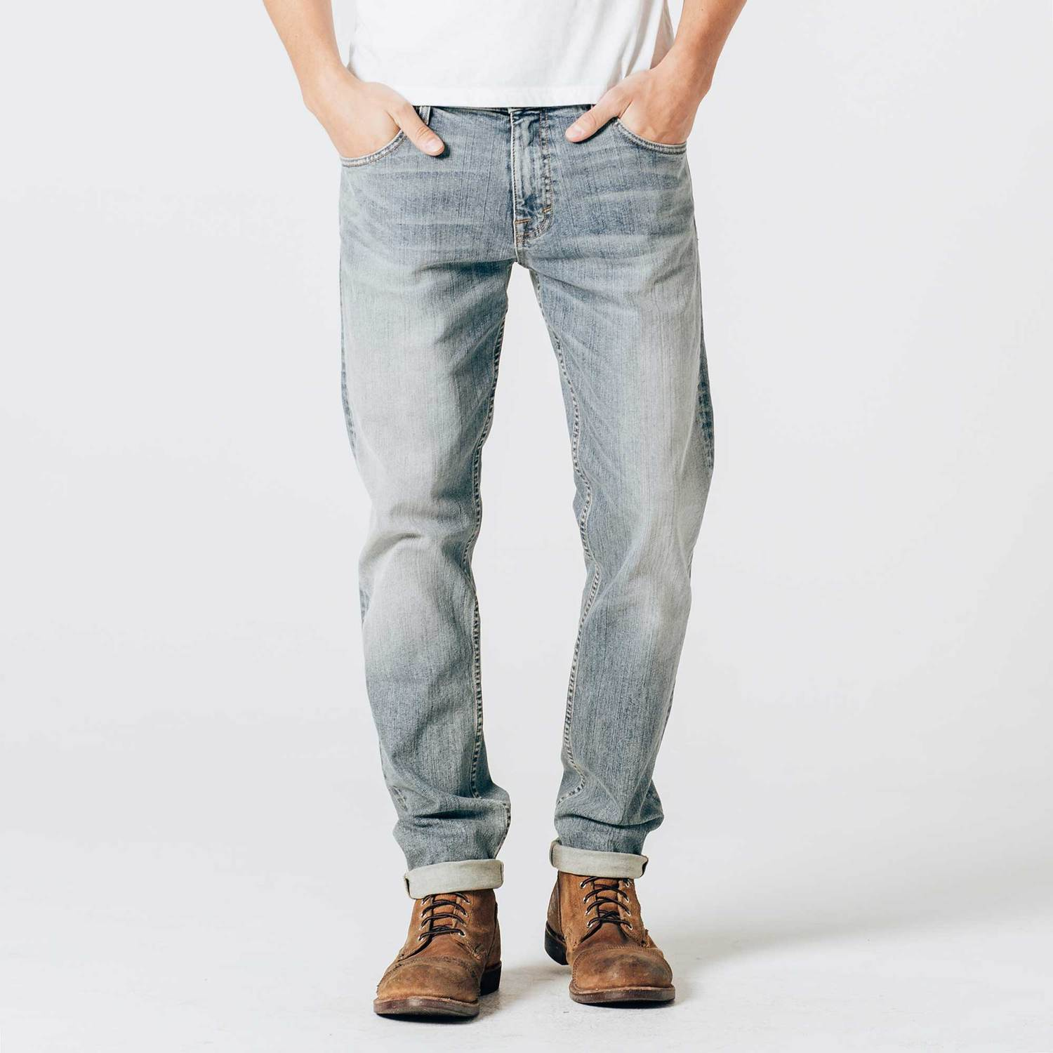 Slim Jeans in Light Wash