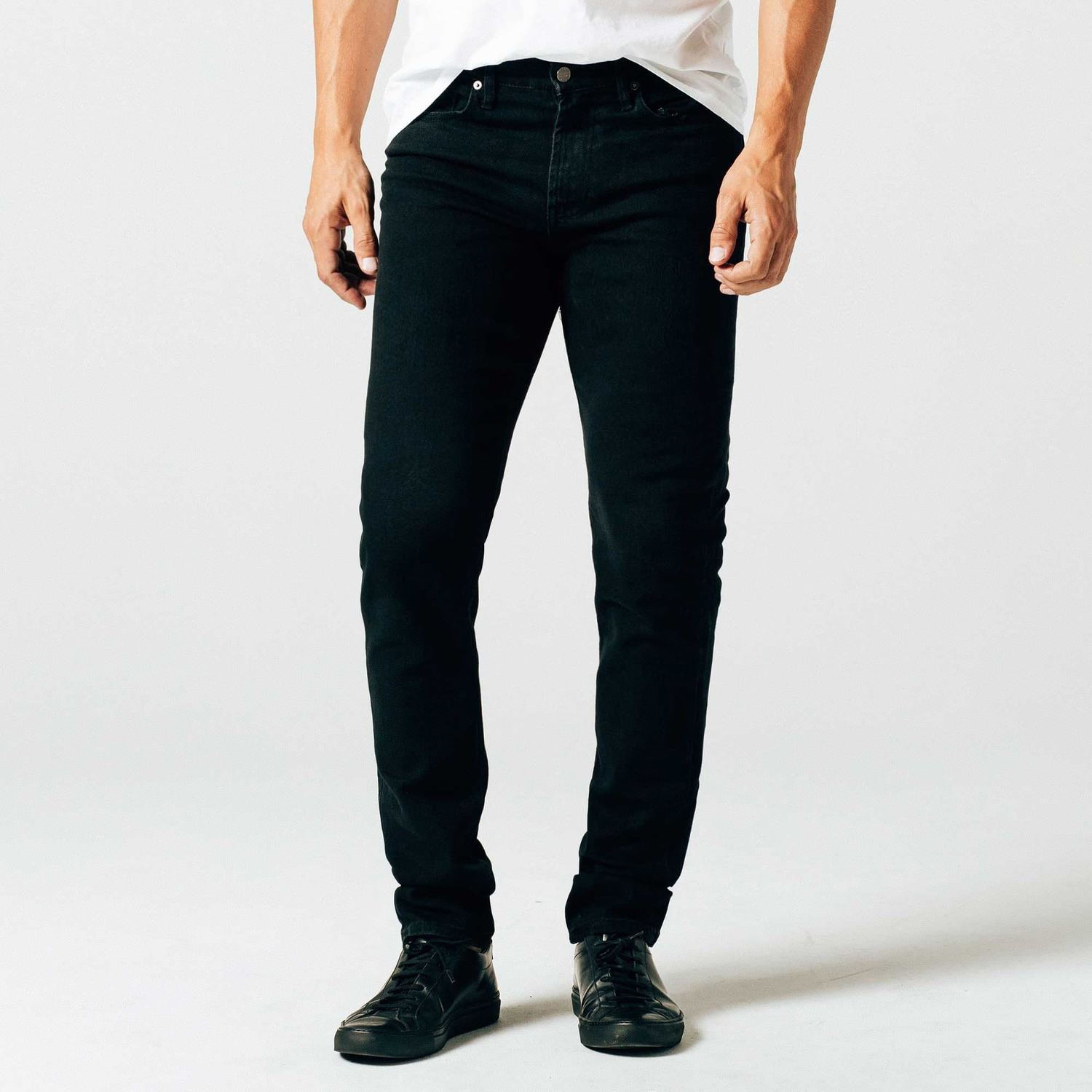 Skinny-Slim Jeans in Jet Black