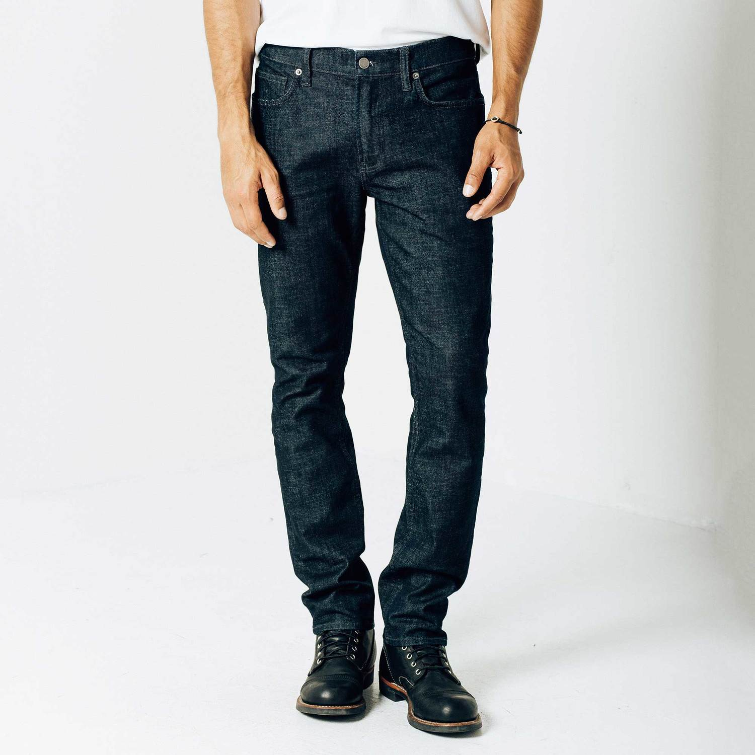Skinny-Slim Jeans in Dark Wash Resin