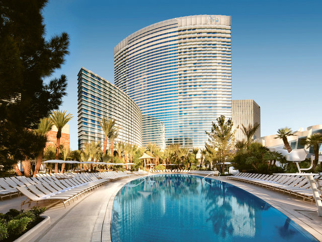 How to Plan a Girls' Weekend Getaway in Las Vegas
