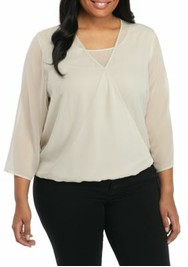 Plus Size Three-Quarter Sleeve Solid Envelope Top