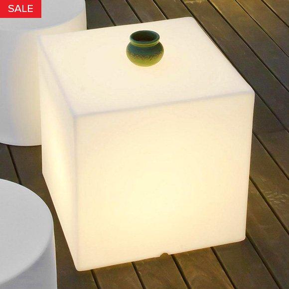 Kubbia Moderna LED Cube by Artkalia