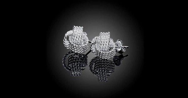 18K White Gold Twist Knot Stud Earrings