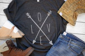 LOVE Cross Arrows Tee graphic