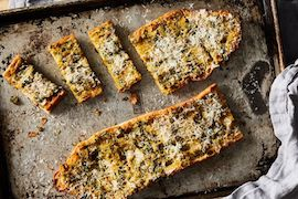 The Garlickiest Garlic Bread Only Needs 5 Ingredients