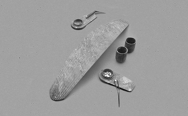 Pill dispenser, by Alexander Purcell Rodrigues, Marmor Hotavlje and Kovaija Krmelj