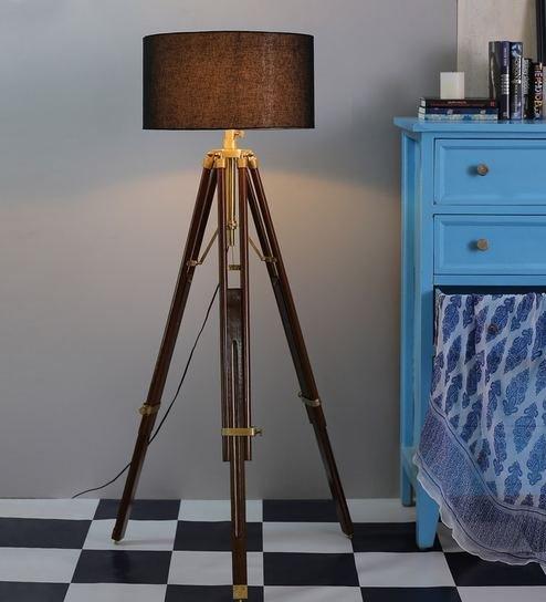 600+ Floor Lamps.