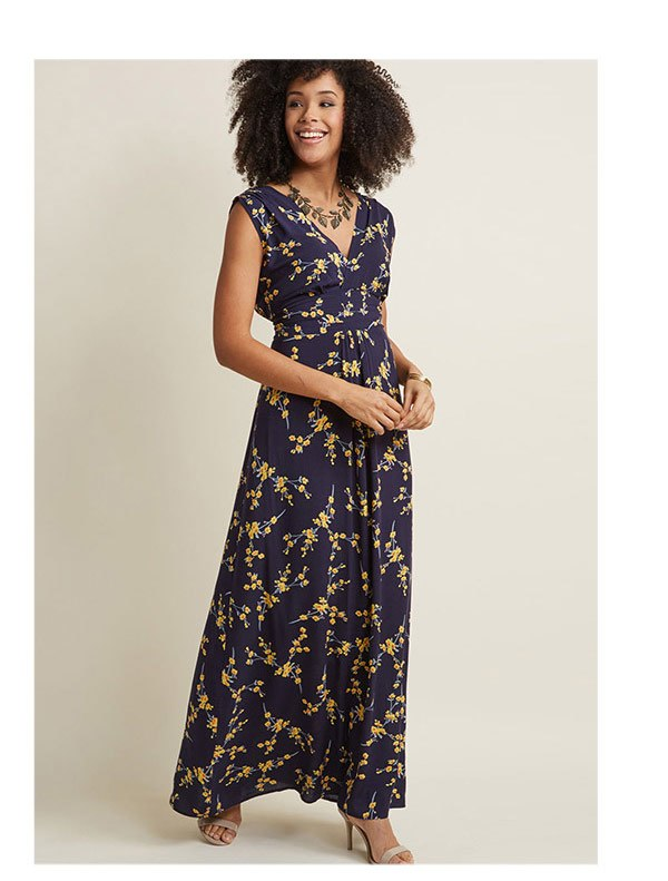 Serene Dream Maxi Dress in Navy Blossom